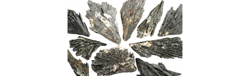 Kyanite - Black